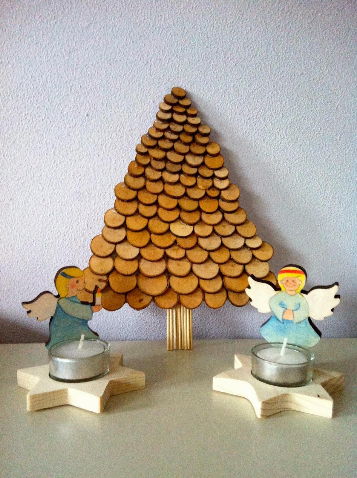 Knutsel een kerstboom van houtplakjes duurzaam houten speelgoed - Een houten boom maken ...