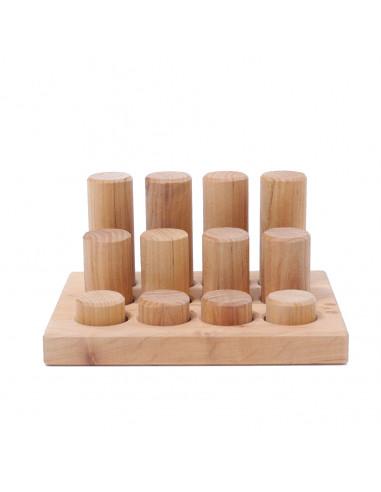 Kleine cilinders in sorteerbord naturel