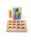 Kleine cilinders in sorteerbord pastel
