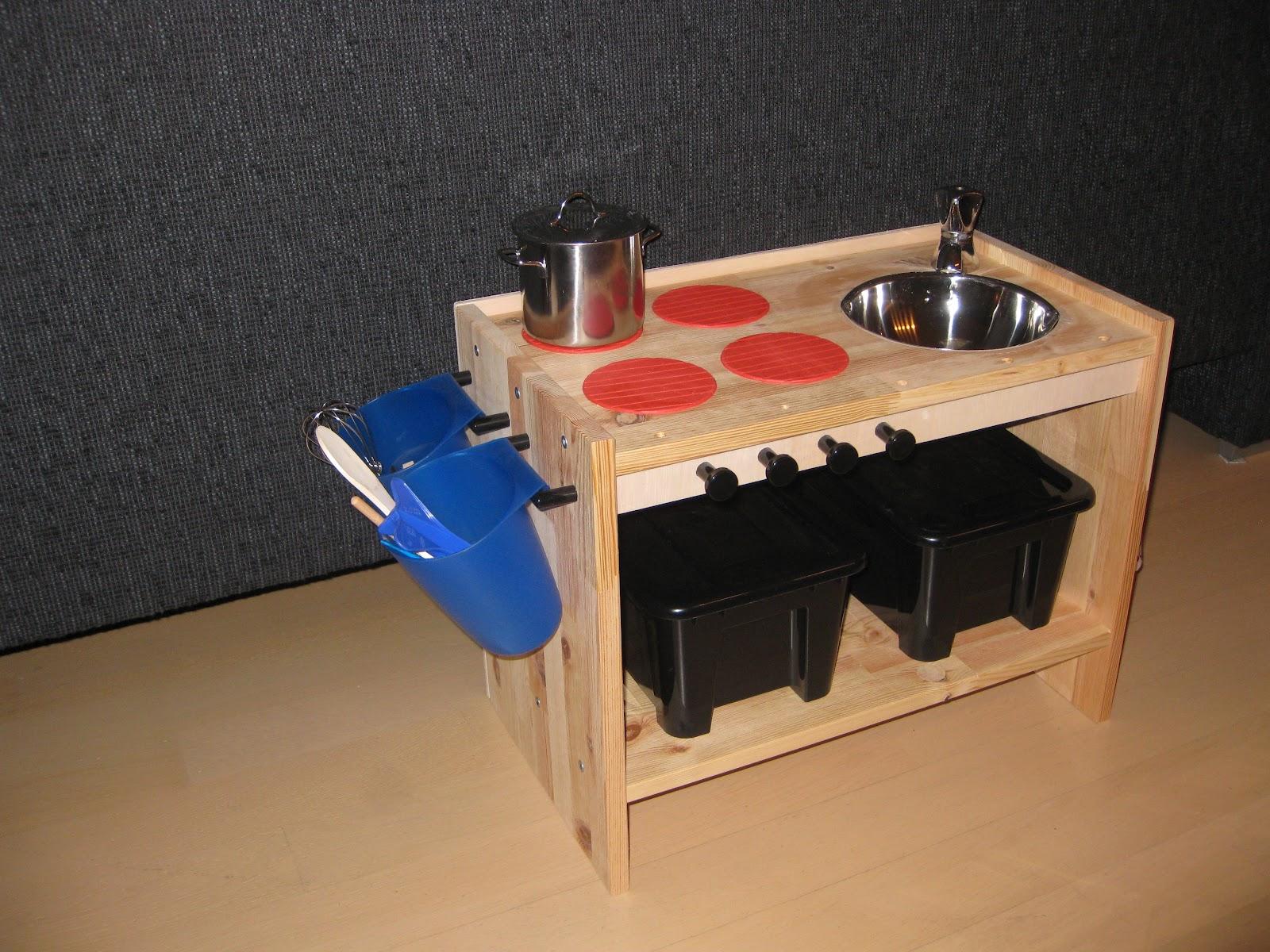 zelf speelgoed keuken maken