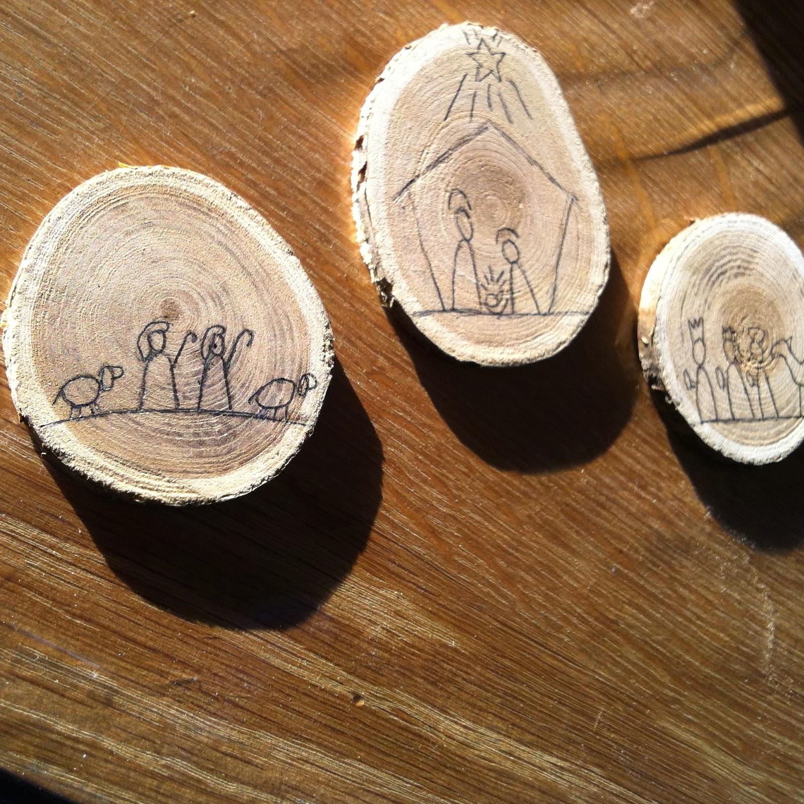 Mini houten kerststal graveren duurzaam houten speelgoed for Houten schijven decoratie